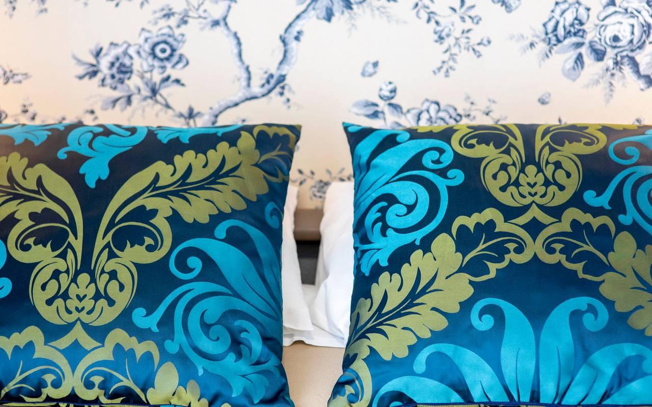 Pillows, 4-star hotel rooms Lourdes, Hôtel Gallia Londres