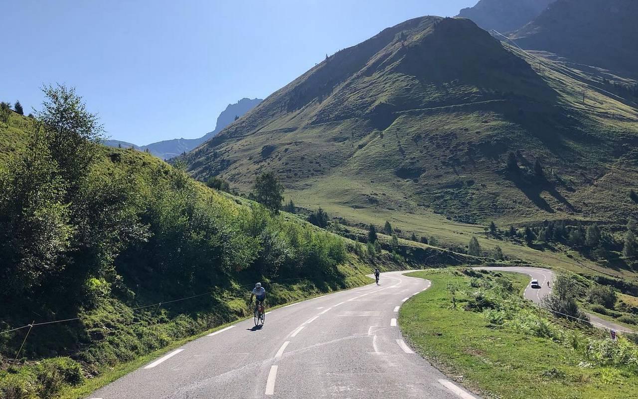 Bicycle ride, cycling trip Pyrénées, Hôtel Gallia