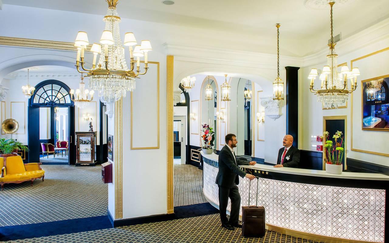 Entrance, trip to Lourdes, Hôtel Gallia