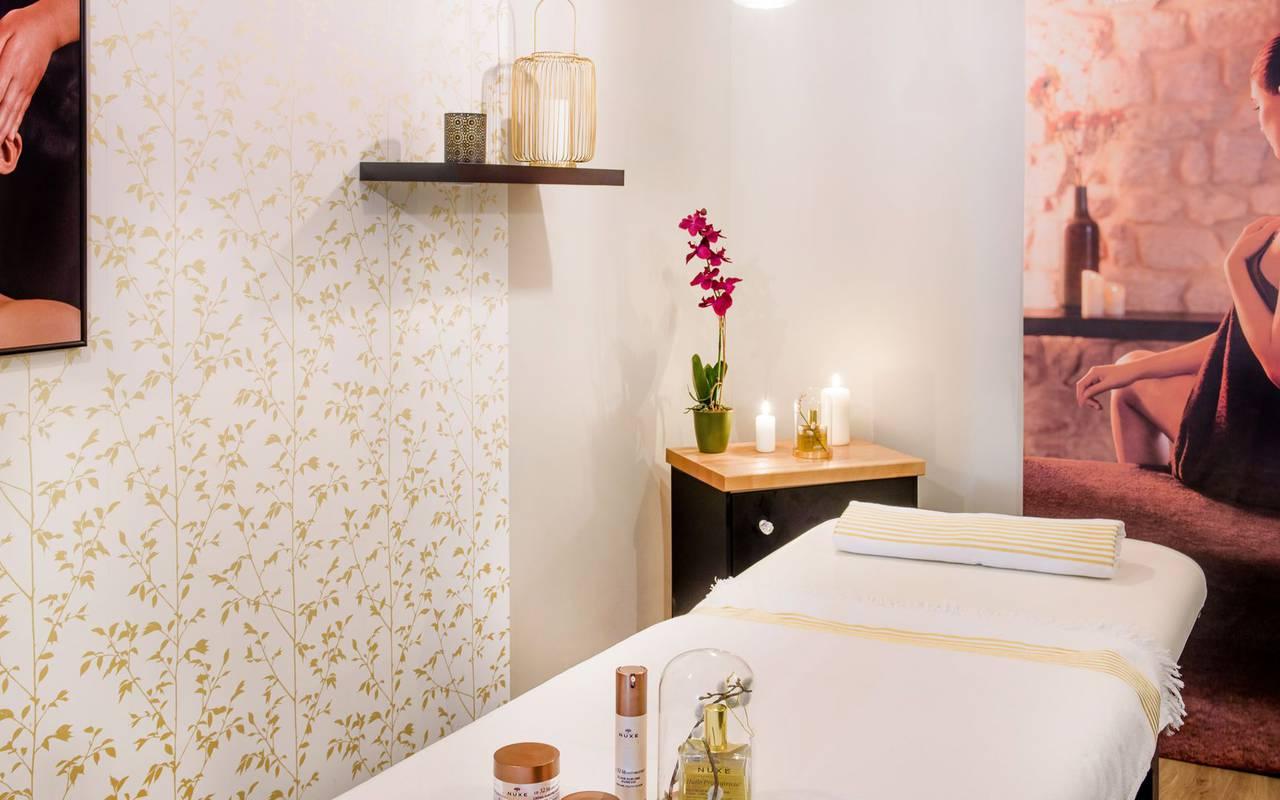Treatment cabin, spa Lourdes, Hôtel Gallia Londres
