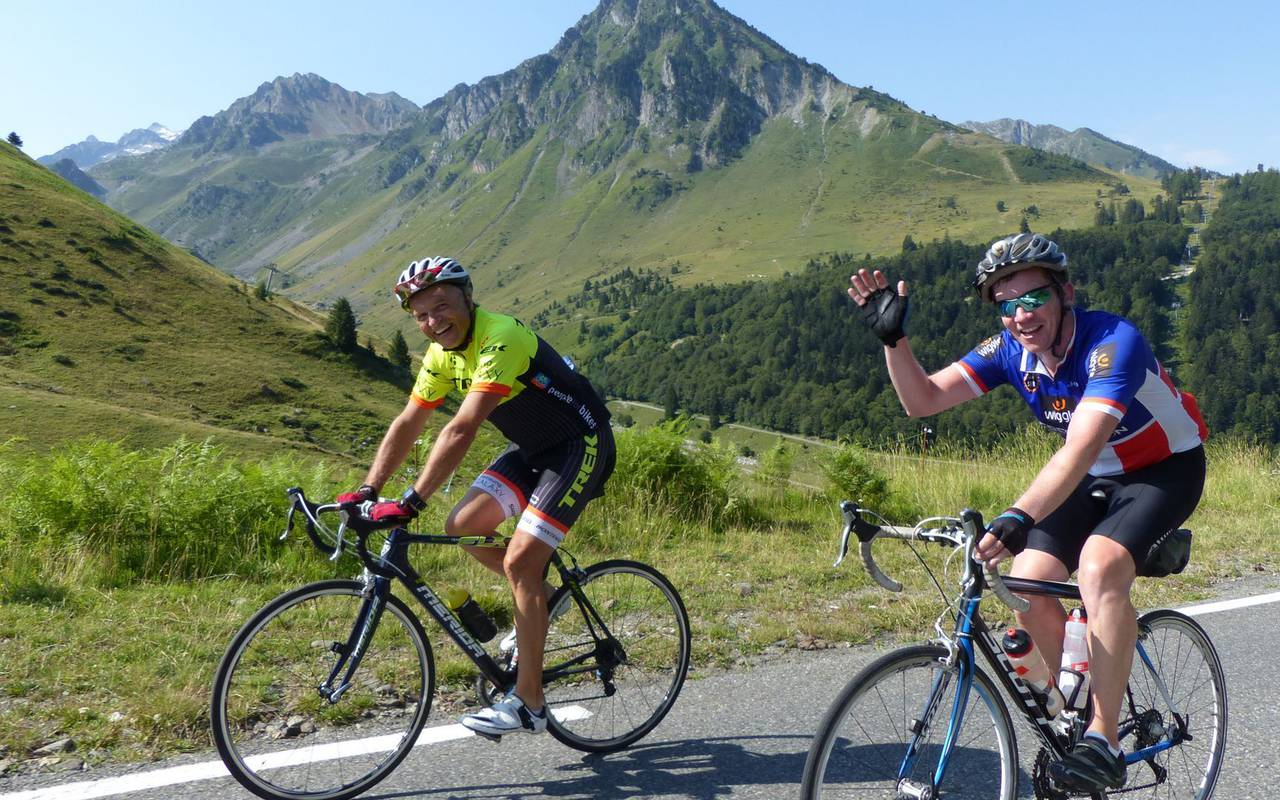 Bicycle Ride, stay in the hautes pyrénées, Hôtels Vinuales