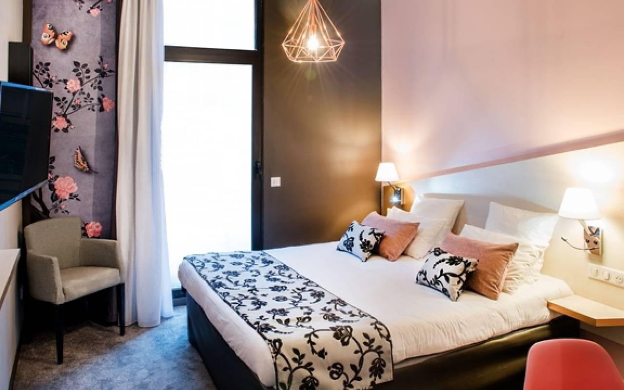 charming room, Lourdes hotel, Vinuales hotels