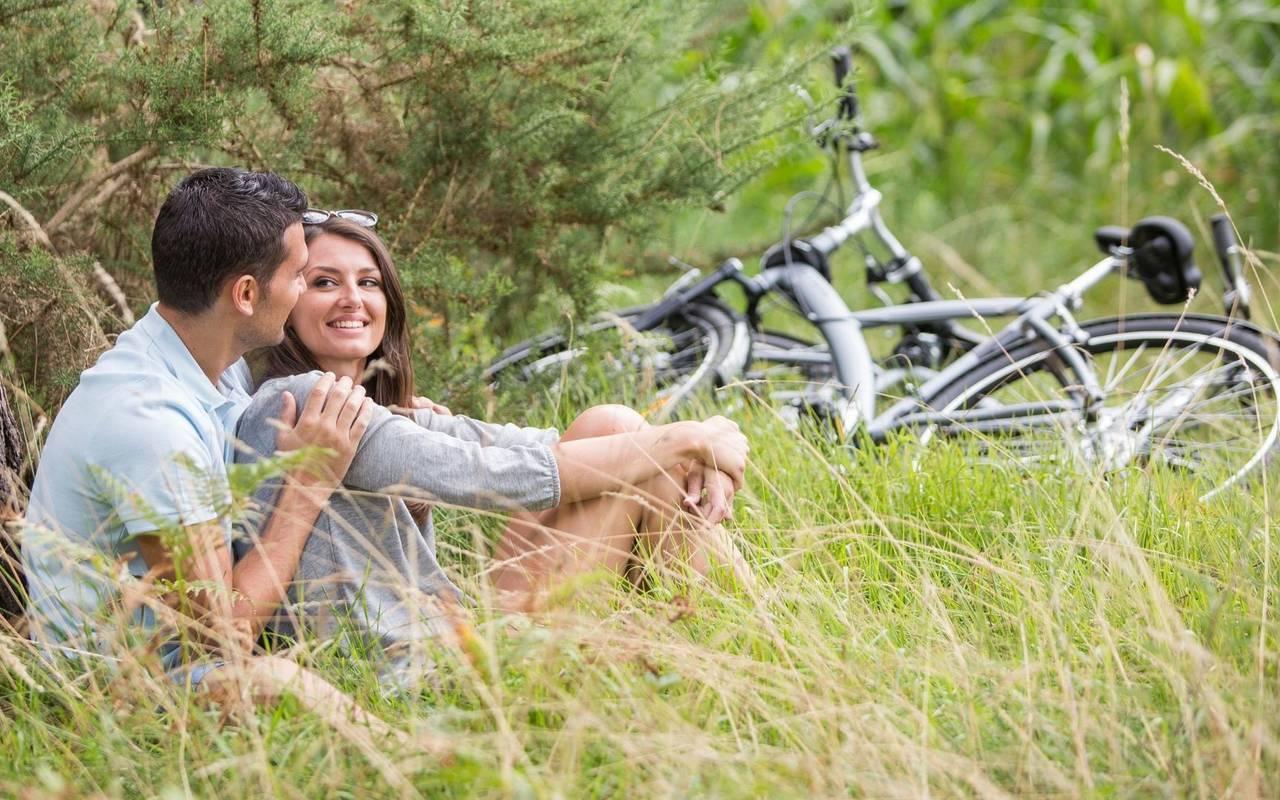 Couple in nature, spa hotel Hautes Pyrénées, Hôtel Gallia Londres