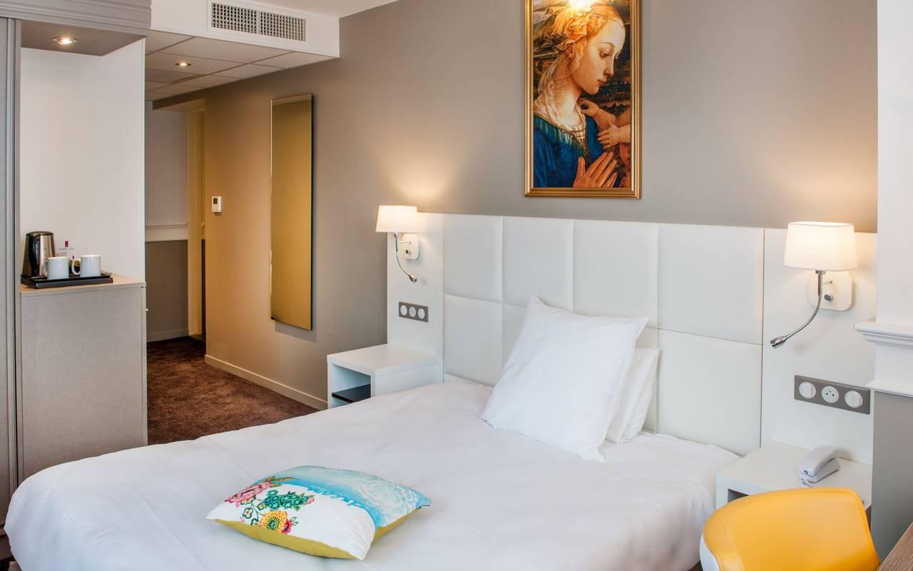 Lit confort, hôtel 4 étoiles Lourdes, Hôtel Gallia Londres
