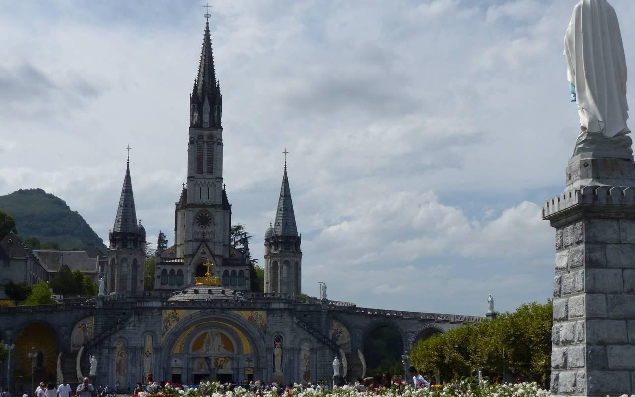 Lourdes, séjour hautes pyrénées, Hôtels Vinuales